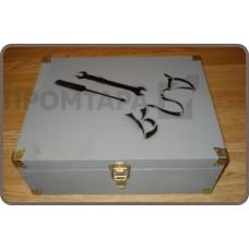 Автомобильный ящик для инструментов