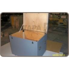 Деревянный ящик для перевозки запчастей