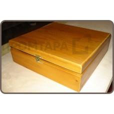 Подарочный ящик